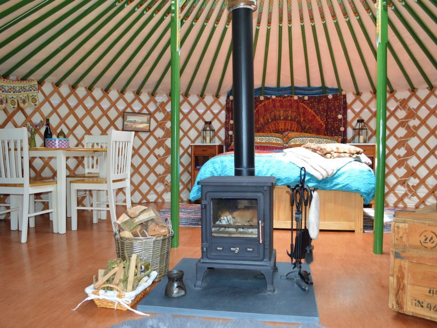 luxury yurt, yurt Wales, Yurt holiday, Llangrannog, glamping Wales, holiday, relax, explore, reterat, camping, wales, luxury