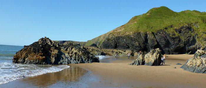 beach, beach holiday, sea, cliffs, coastal path, hiking, Ffynnonwen, adventure, camping, glamping